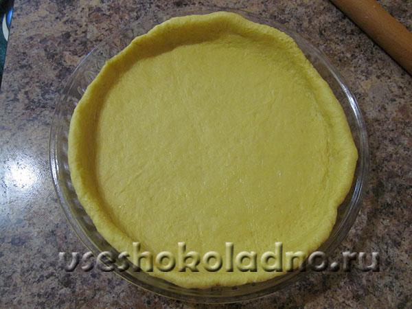 Pirog s bananami i shokoladnym pudingom (11)