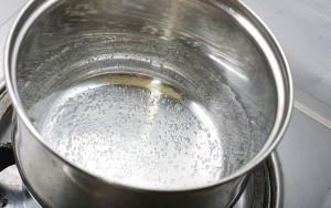 как растопить шоколад на водяной бане