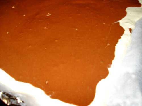 Шоколадный рулет с творожной начинкой
